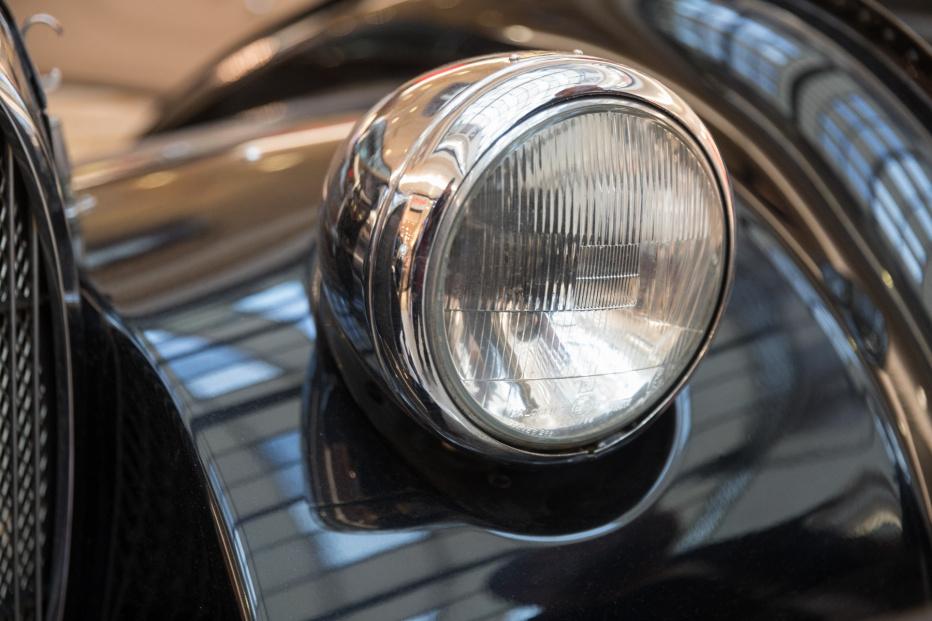 Bugatti-2003 (1800x1200)