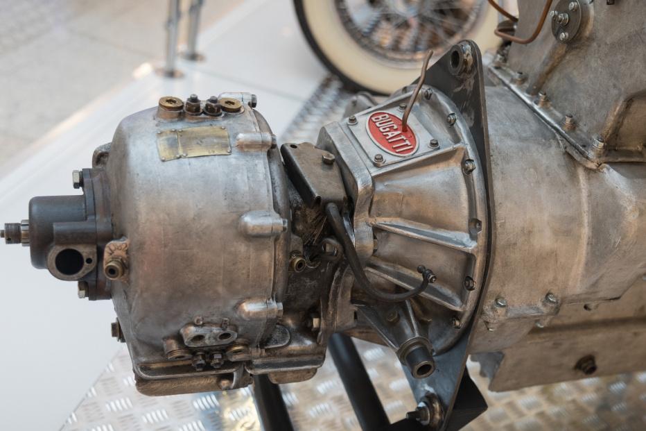 Bugatti-2013 (1800x1200)