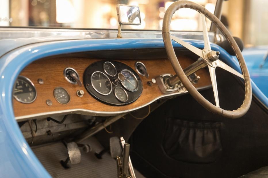 Bugatti-2108 (1800x1200)