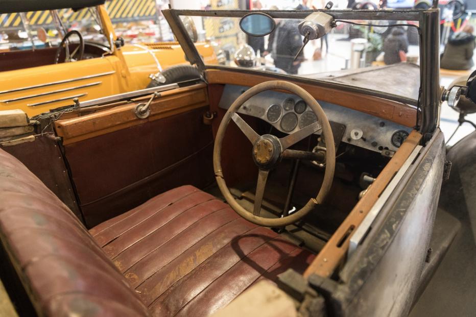 Bugatti-2151 (1800x1200)
