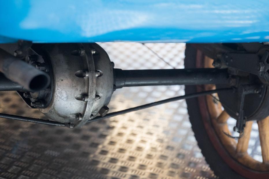 Bugatti-2199 (1800x1200)