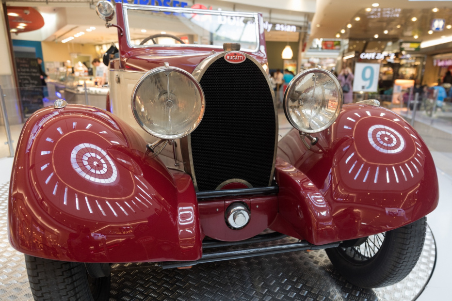 Bugatti-2213 (1800x1200)