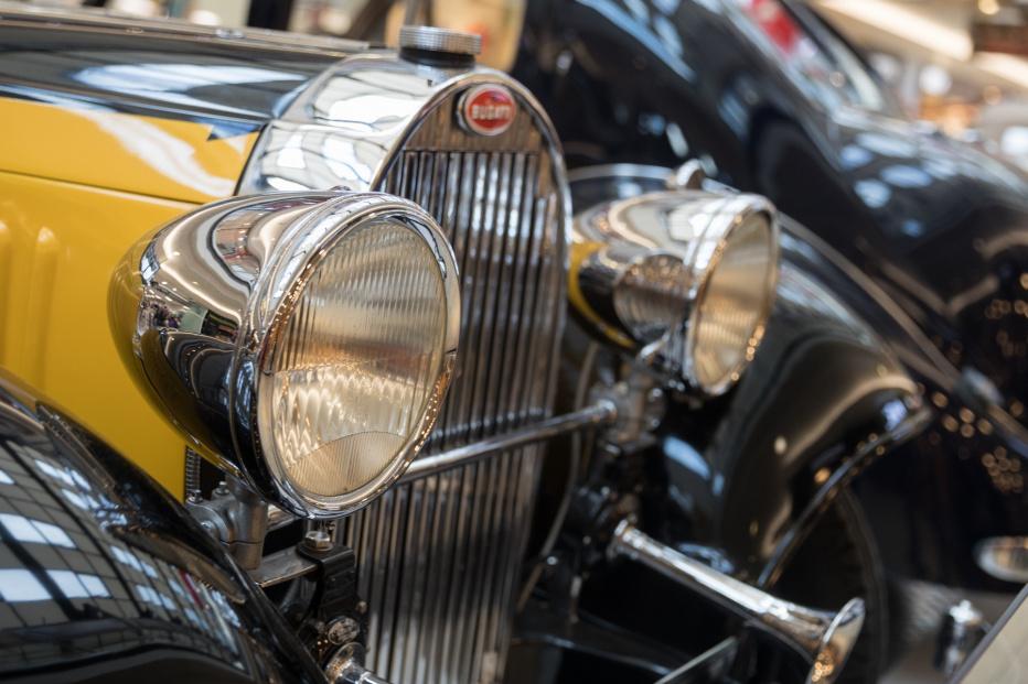 Bugatti-2233 (1800x1201)