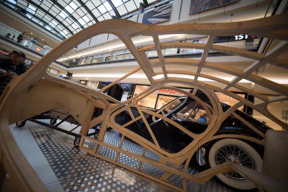 Bugatti-2458 (1800x1200)