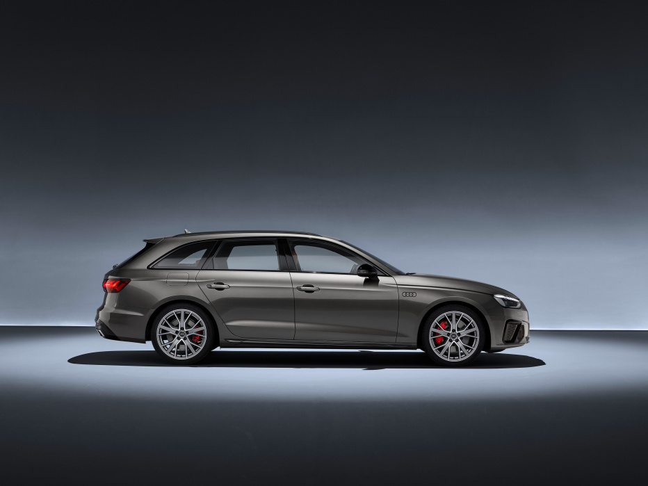 Audi A4 Avant (5)