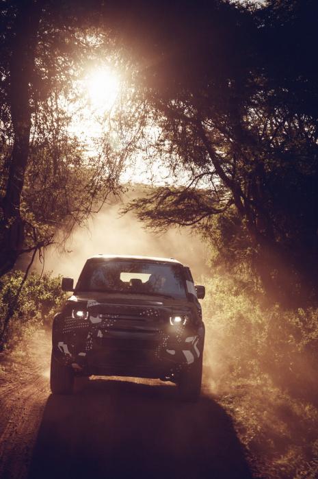 Land Rover Defender (18)