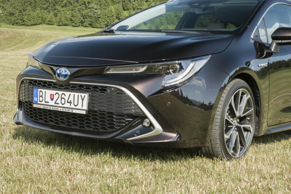 Toyota Corolla kombi (8)
