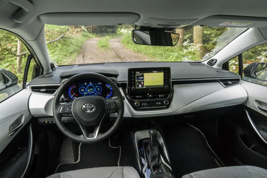 Toyota Corolla kombi (14)