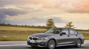 Prvá jazda - BMW 330e (2028)