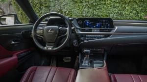 Lexus ES 300h (38)