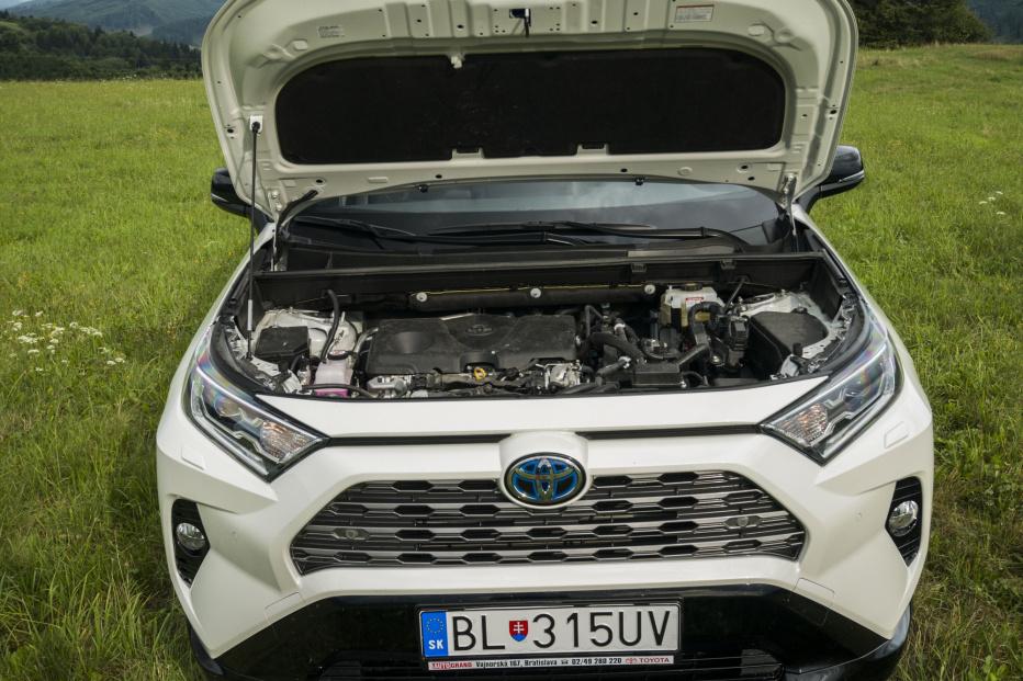 Toyota RAV4 (16)