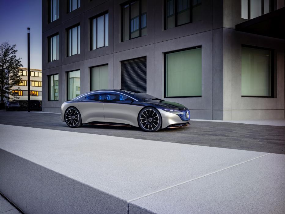 Mercedes Vision EQS (4)