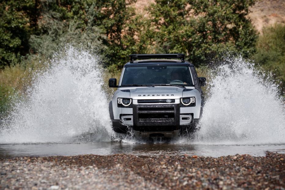 Land Rover Defender (17)