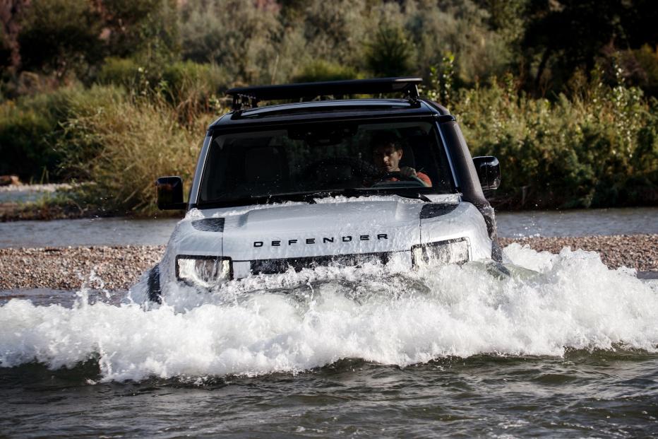 Land Rover Defender (19)