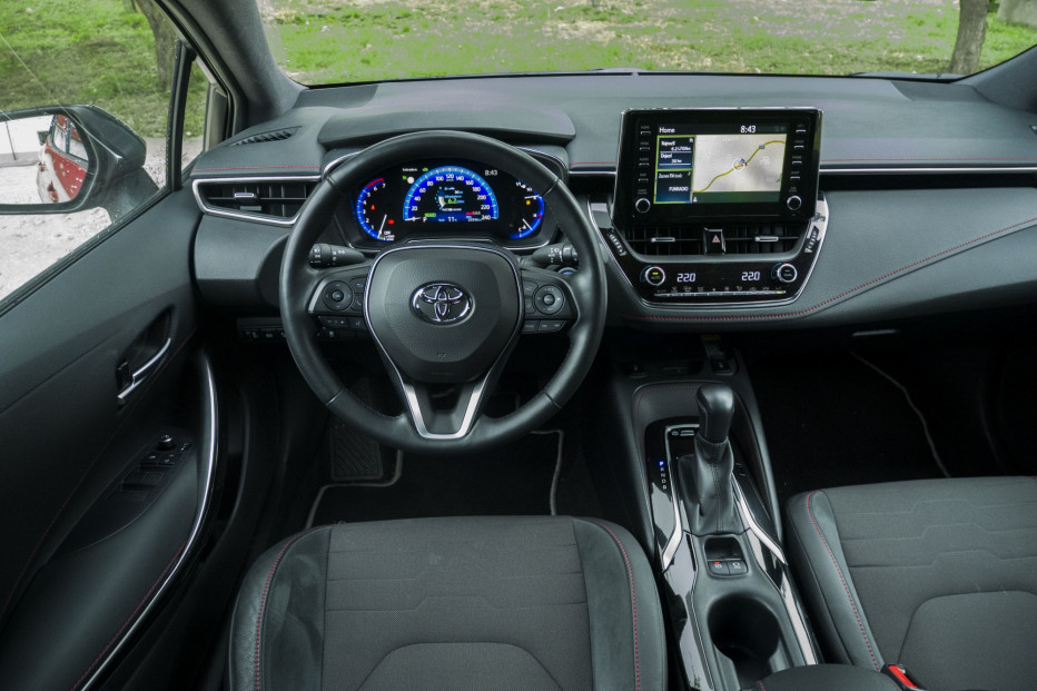 Toyota Corolla (4)