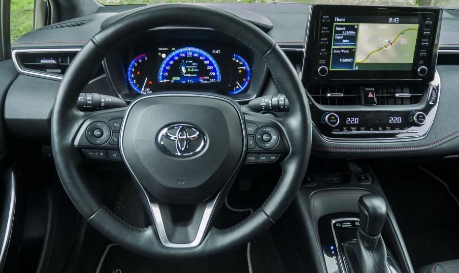 Toyota Corolla (6)